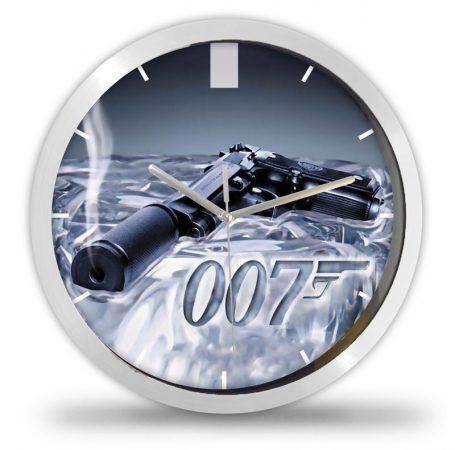 007 ügynök falióra