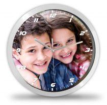 Fényképes óra modern számokkal+percbeosztással