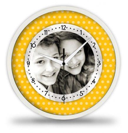 Pöttyös sárga fényképes falióra